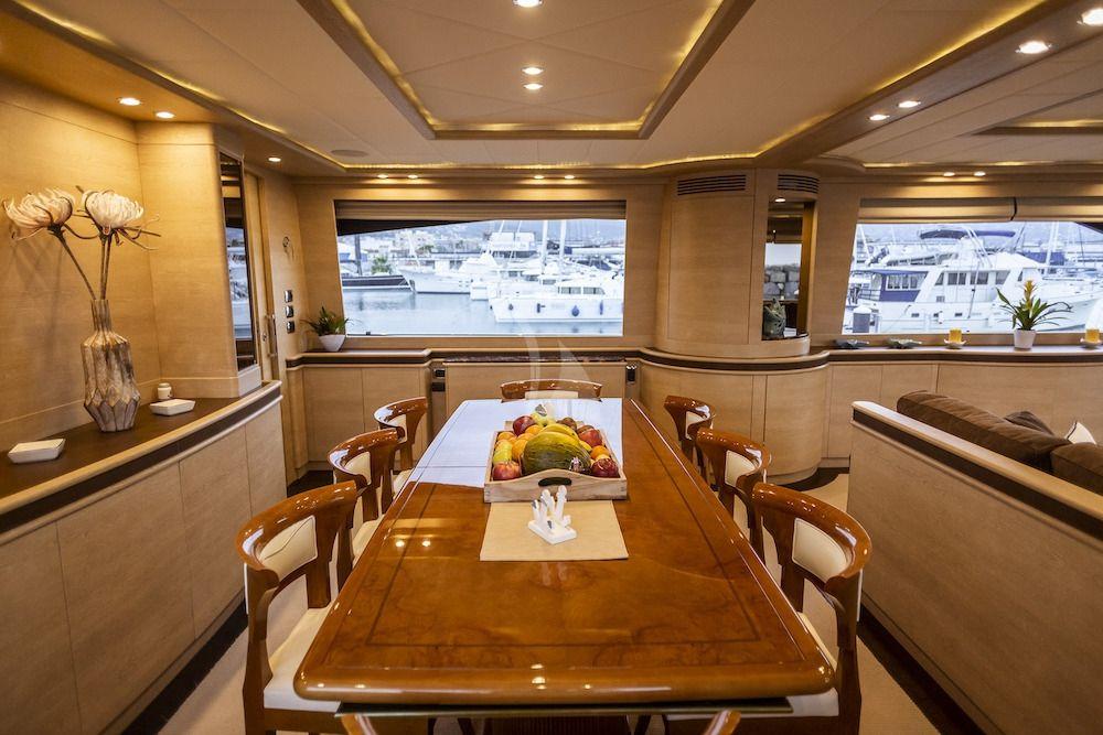 GRACE - Dining room