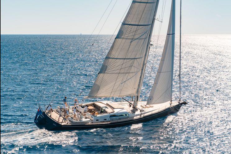 Charter Yacht GRAND BLEU VINTAGE - CNB 95 - 4 Cabins - Palma - Ibiza - Monaco - Porto Cervo