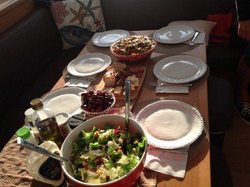 GREAT ADVENTURE - Al fresco dining