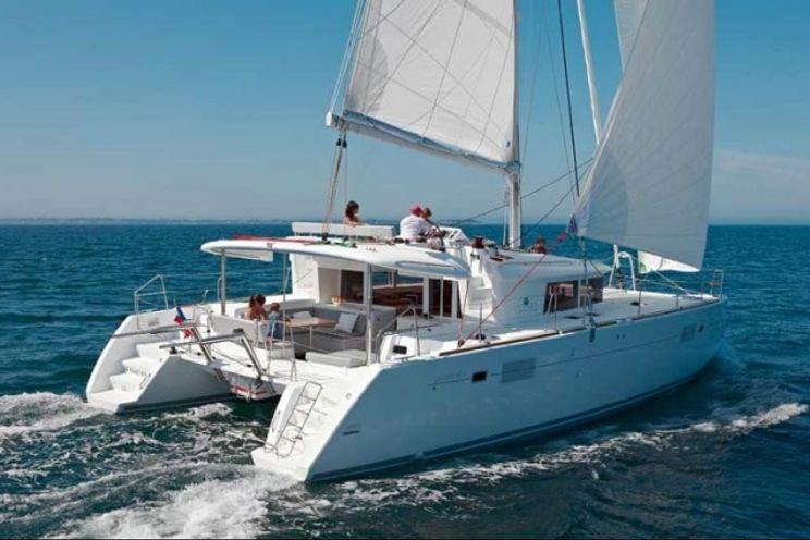 Charter Yacht Lagoon 450 - 6 Cabins - Tortola - BVI