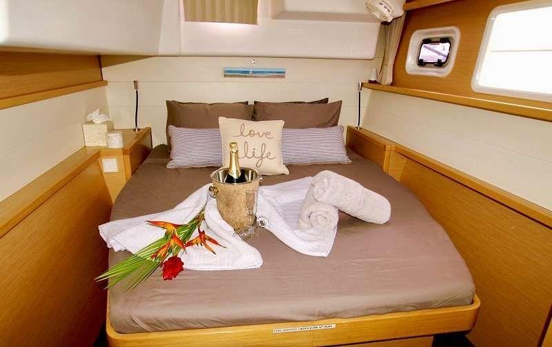 GYPSY PRINCES Lagoon 450 Master Cabin