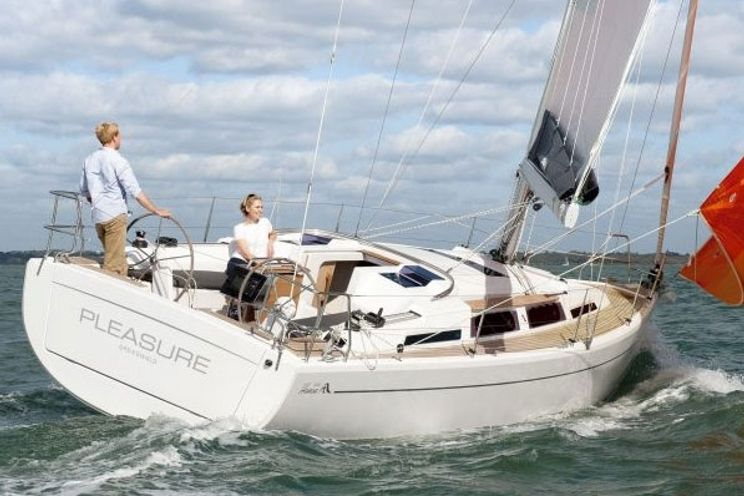 Charter Yacht Hanse 345 - 3 Cabins - Cogolin - Port Grimaud - St Tropez
