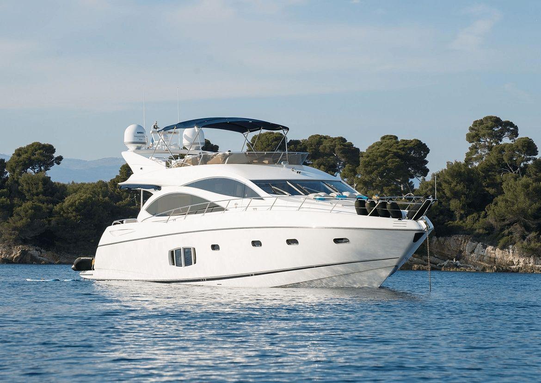HAYAT - Sunseeker 22m - 4 Cabins - French Riviera - Nice - Cannes - Monaco - Corsica - Sardinia