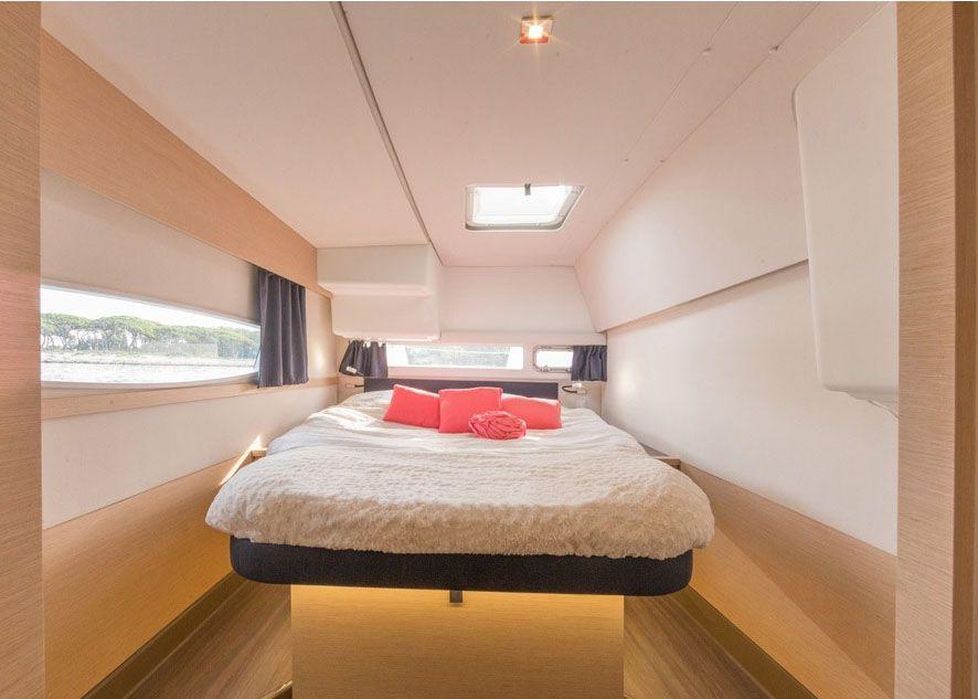 Helia 44 - Cabin
