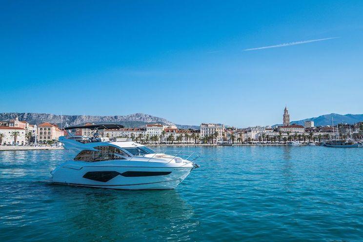 Charter Yacht HIDEAWAY - Sunseeker Manhattan 52 - 3 Cabins - Split - Trogir - Budva
