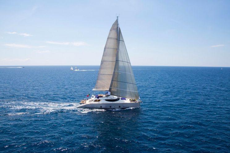 Charter Yacht HUTIANE - 31m Cuneo Marine - 4 Cabins - Monaco - Cannes - St Tropez