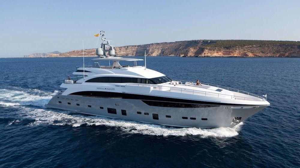 IMPERIAL PRINCESS BEATRICE - Princess 131 - 5 Cabins - Amalfi Coast - Sicily - Monaco - Cannes - St Tropez