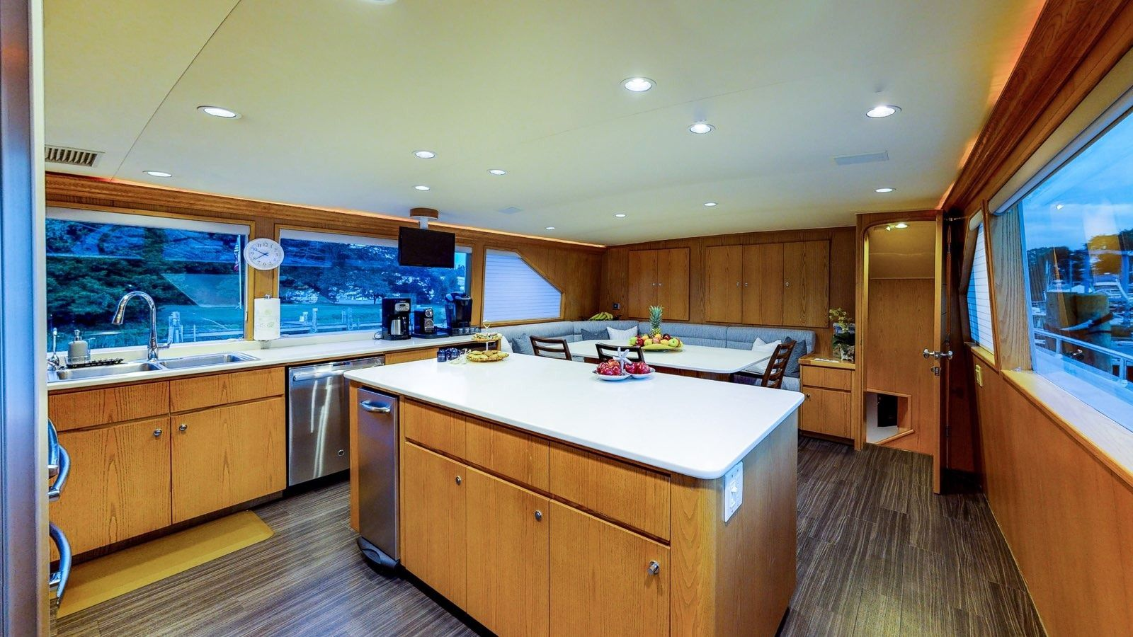 Boatbookings Yacht Charter Independence 3 Galley