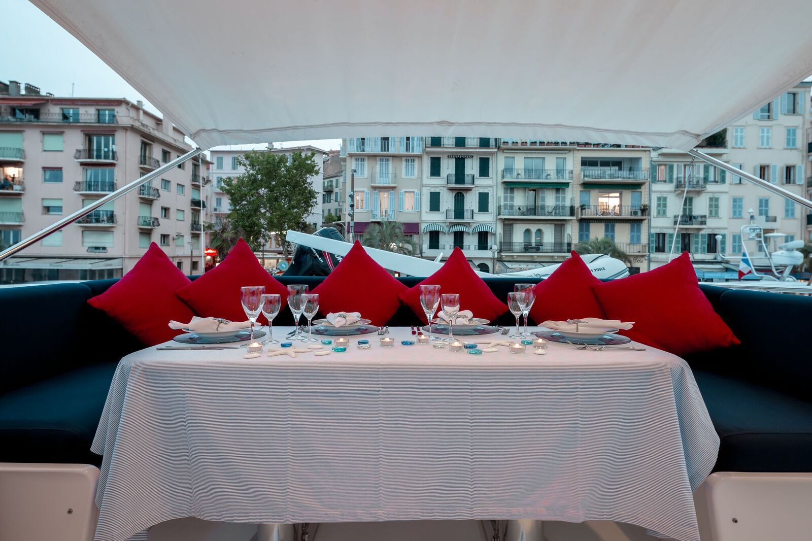 INDULGENCE OF POOLE Mangusta 86 Luxury Superyacht Flybridge