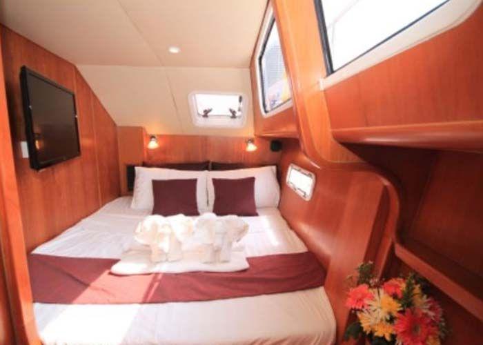 Island Spirit 38 - Cabin