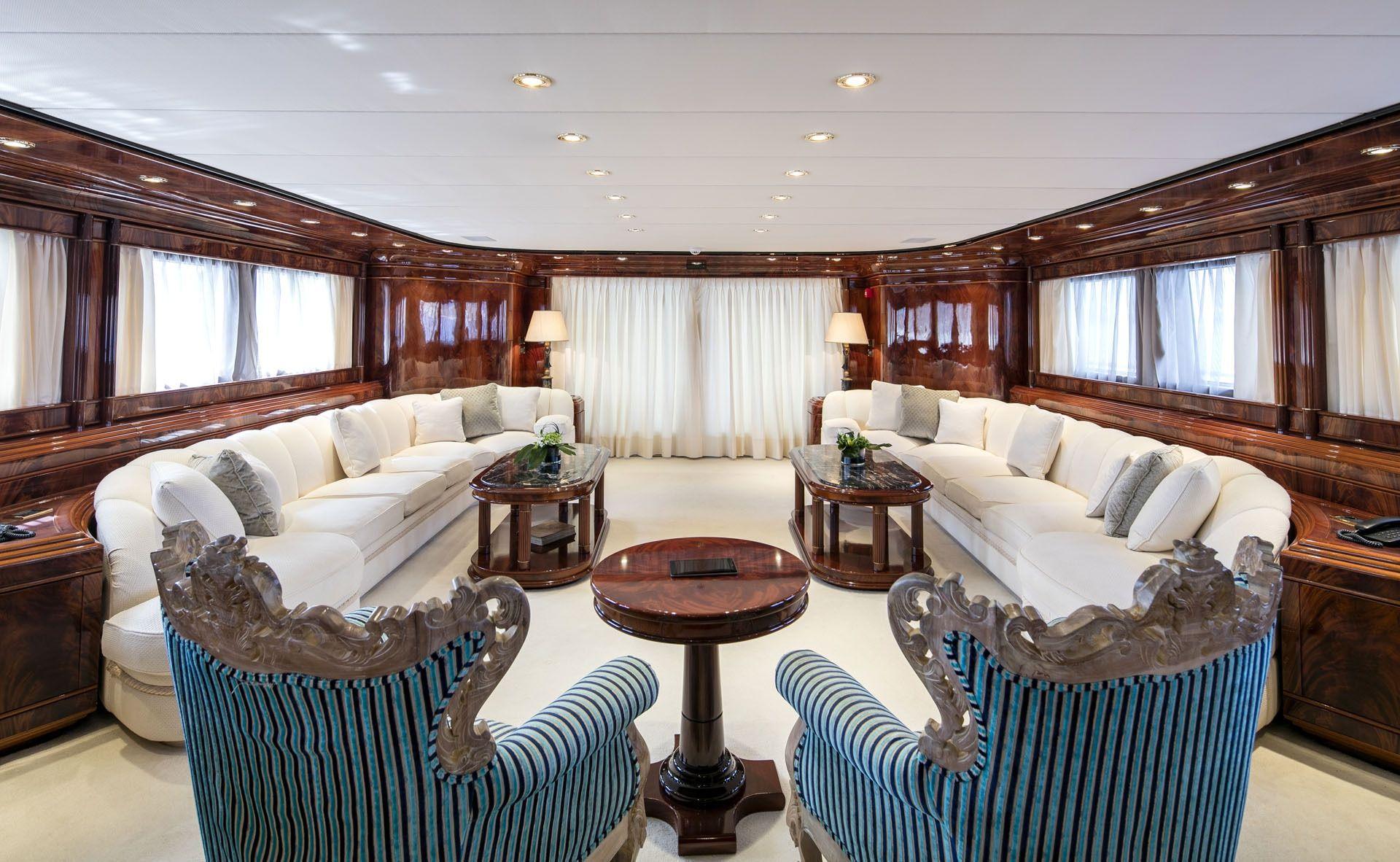 JAAN Intermarine SPA 138 Salon
