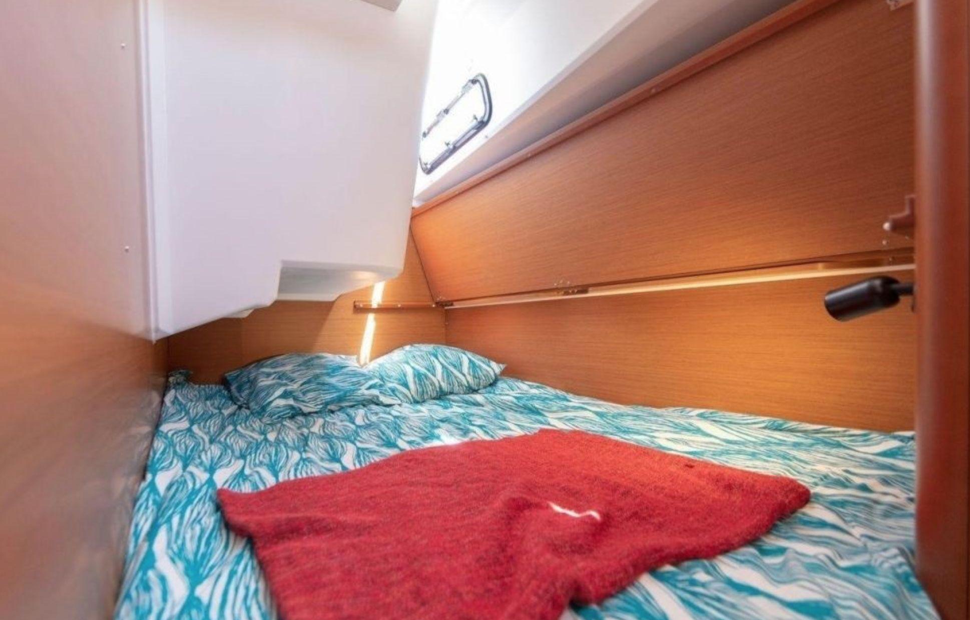 Jeanneau Sun Odyssey 46.1 Cabin