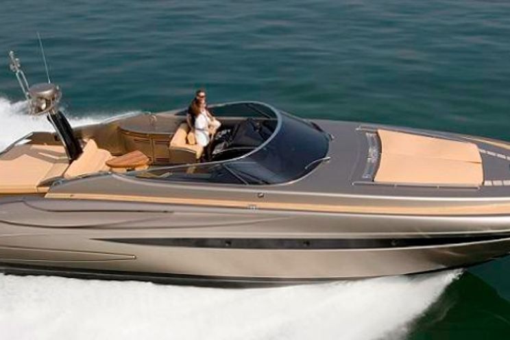 Charter Yacht Riva Rivale 52 - 3 Cabins - St Tropez - Port Grimaud - Cogolin