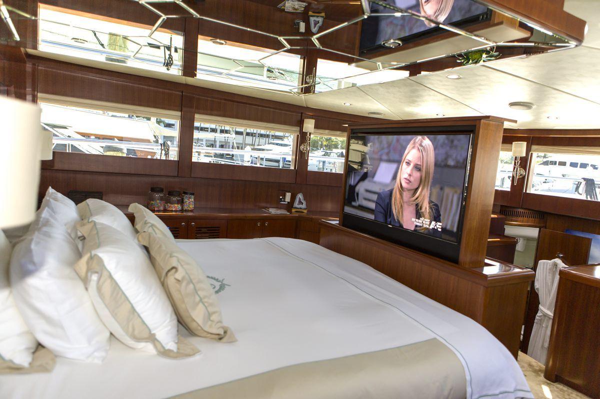 Miami Day Charter Yacht JULIA DOROTHY Johnson 103 Master Cabin