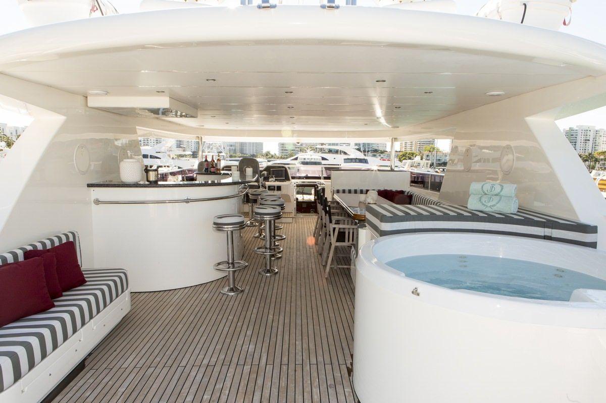 Miami Day Charter Yacht JULIA DOROTHY Johnson 103 Sundeck