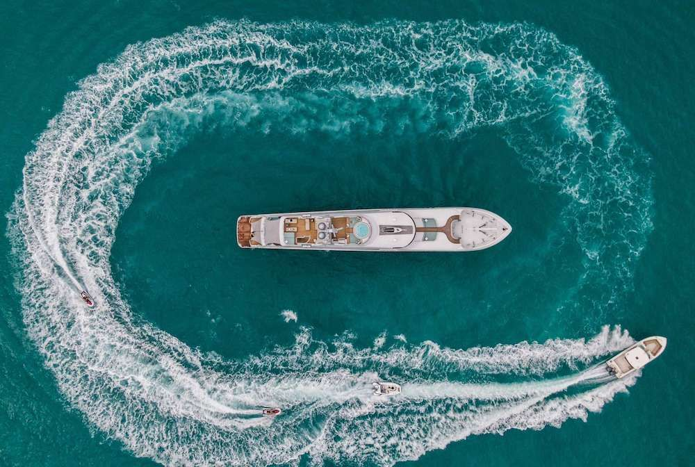 JUST ENOUGH Motor Yacht Aerial