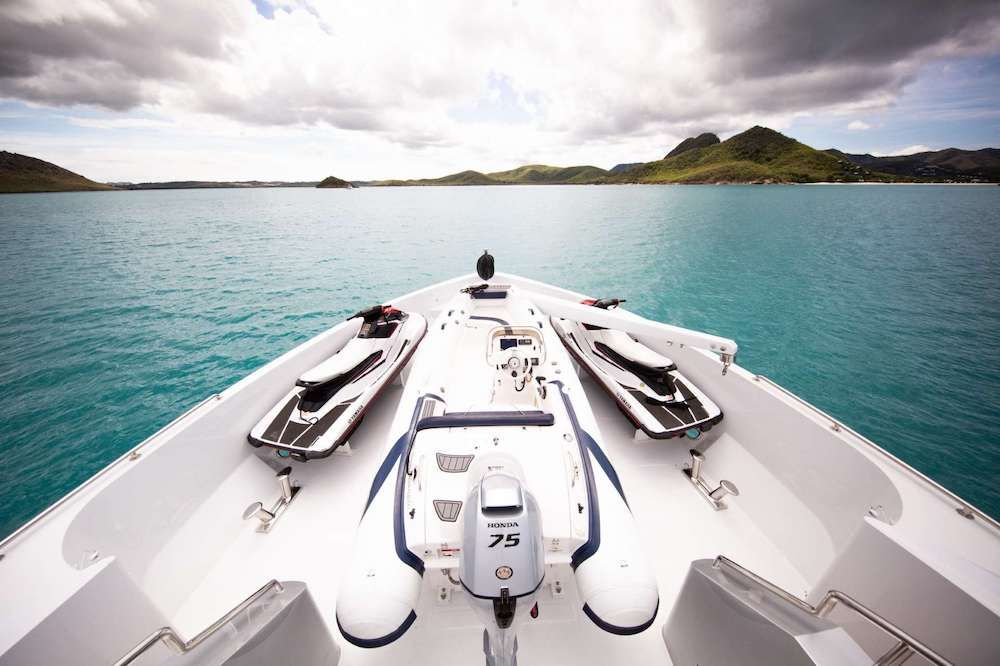 JUST ENOUGH Motor Yacht Bow