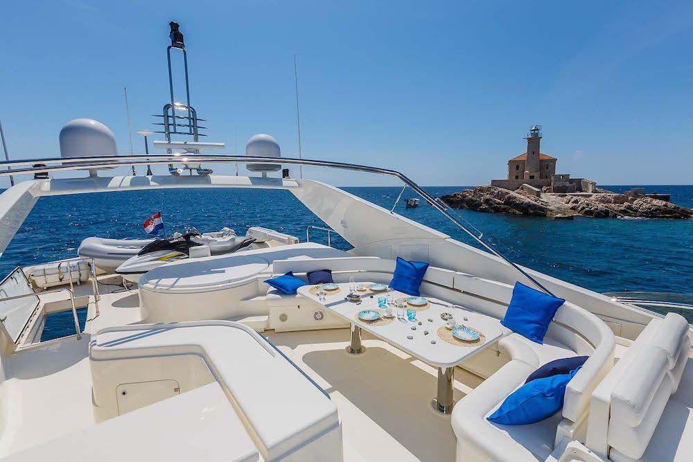 Luxury Crewed Motor Yacht KATARIINA in Split - Upper Deck
