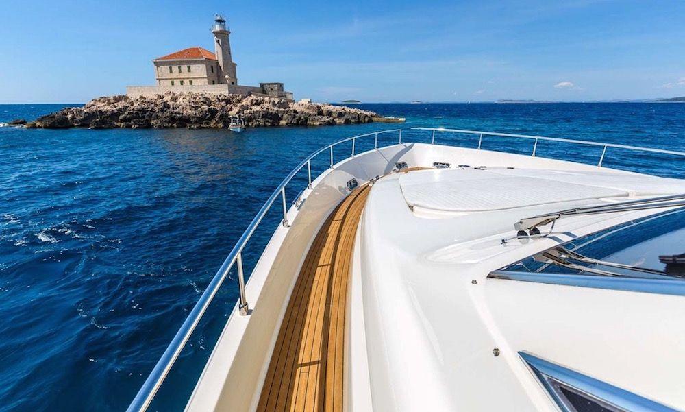 Luxury Crewed Motor Yacht KATARIINA in Split - Fore View