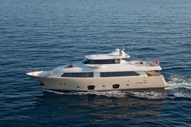 Charter Yacht LA PAUSA - Ferretti Custom Line Navetta 86 - 5 Cabins - Monaco - Nice - Cannes - Antibes