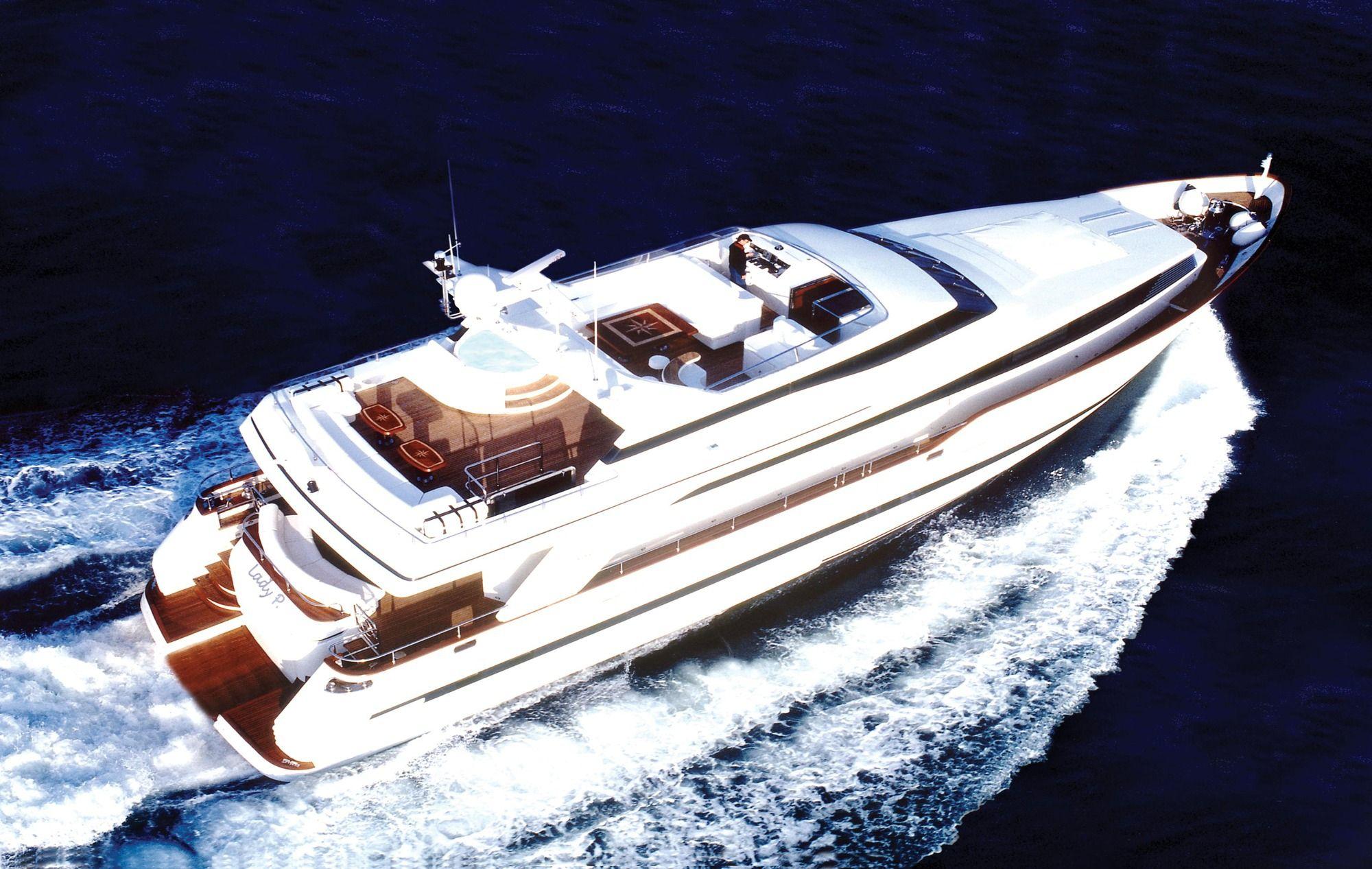 LADY P - Crewed Motor Yacht - Cruising Above