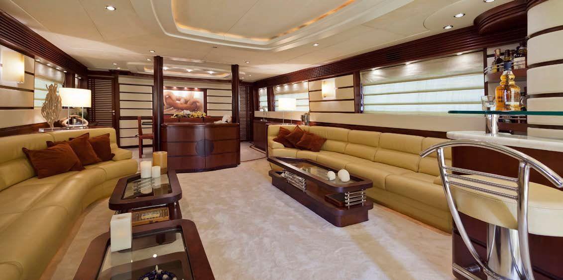 LADY P - Crewed Motor Yacht - Salon