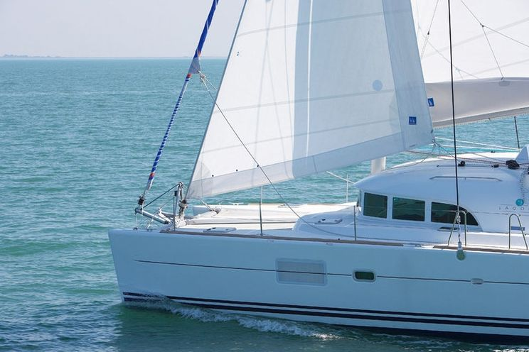 Charter Yacht Lagoon 380 S2 - 4 Cabins - Palermo - Sicily