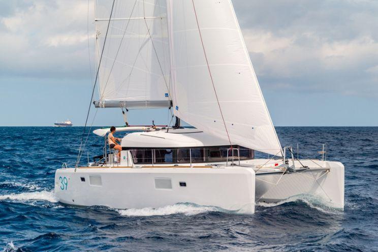 Charter Yacht Lagoon 39 - 4 Cabins - 2017 - Sardinia