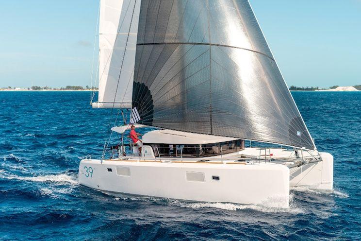 Charter Yacht Lagoon 39 - 6 Cabins - 2015 - Split