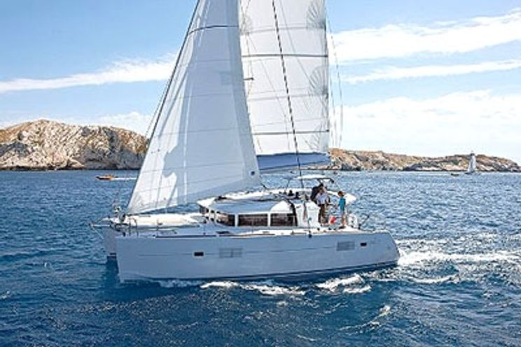 Charter Yacht Lagoon 400 - 4 + 1 Cabins - Murter - Croatia