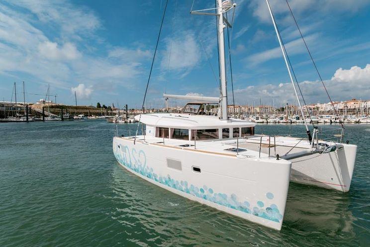 Charter Yacht Lagoon 400 S2 - 4+1 Cabins - Bahamas - Marsh Harbour