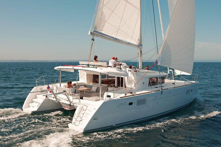 Charter Yacht Lagoon 450F - 2019 - 4 cabins (4 double) - Tortola - British Virgin Islands