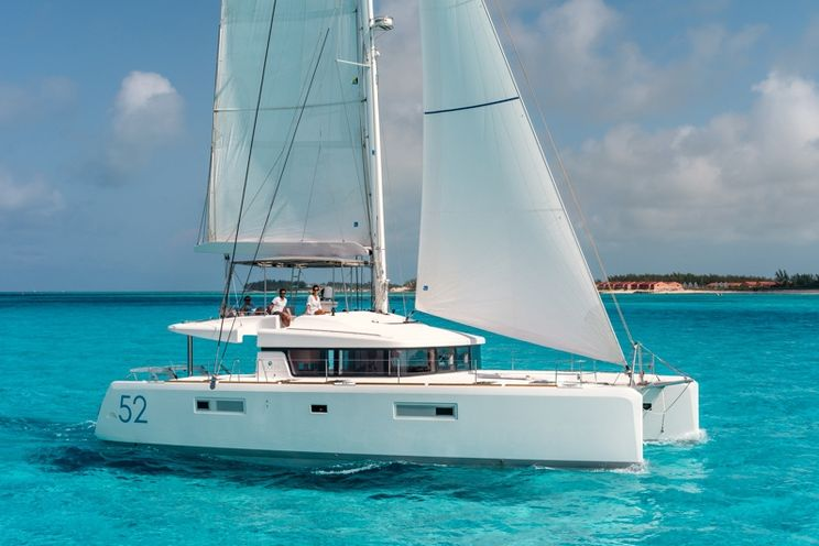 Charter Yacht Lagoon 52 Premier - 6 Cabins - Marsh Harbour - Bahamas