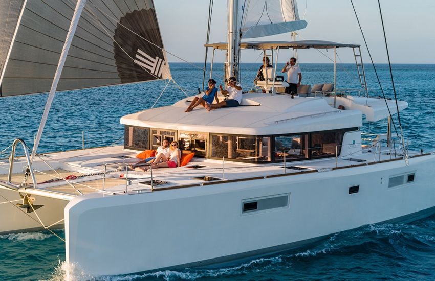 Lagoon 52 - 2016 - 5+2 Cabins - Skippered Only