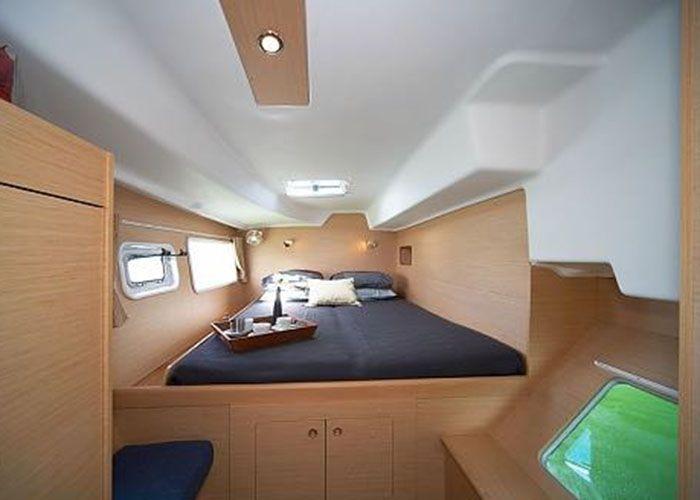Lagoon 380 - Cabin