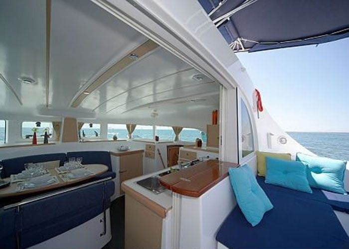 Lagoon 380 - Galey and Cockpit