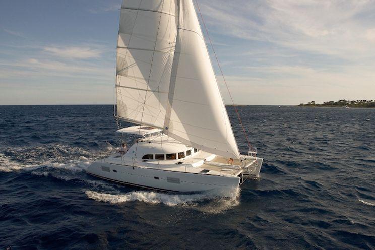 Charter Yacht Lagoon 380 - 4 Cabins - 2016 - Tortola
