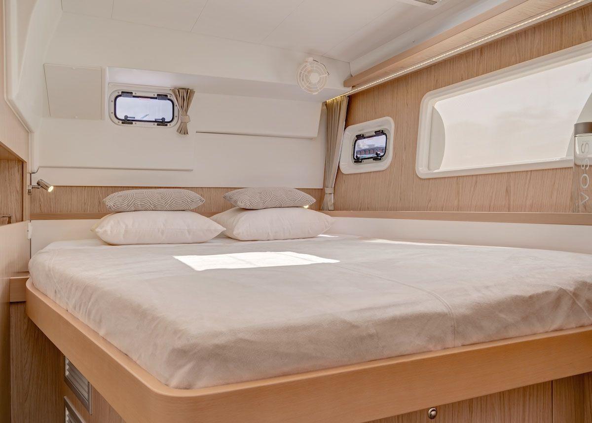 Lagoon 400 S2 - Cabin