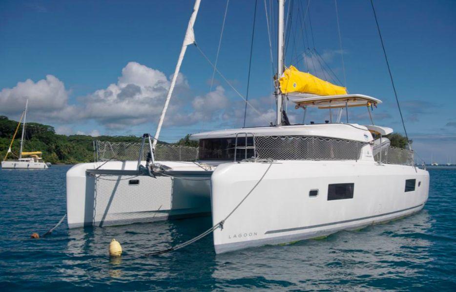 Lagoon 42 Grande croisiere - 4 Cabins - Tahiti,Bora Bora,South Pacific