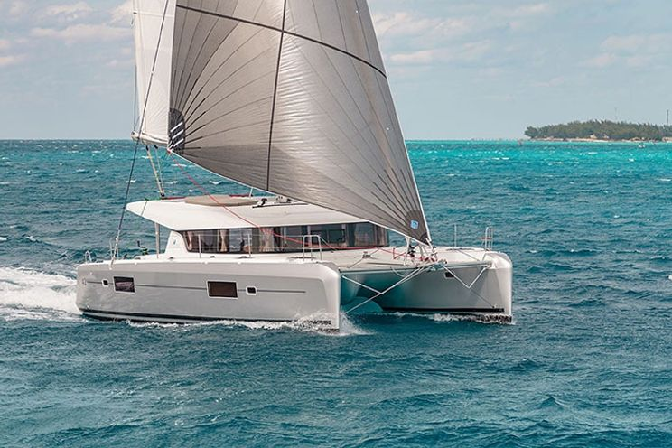 Charter Yacht Lagoon 42 (2016)- 6 Cabins - Mahe, Seychelles
