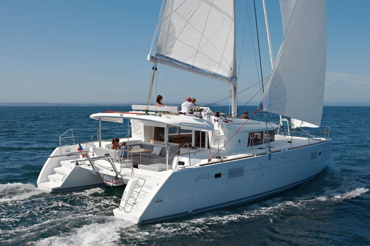 Charter Yacht Lagoon 450 - 4 Cabins (3 double + 1 single) - 2017 - Fajardo - St Thomas - Tortola