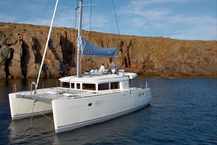 Charter Yacht Lagoon 450 F - 4 + 2 cabins(4 double 2 single)- 2020 - Sukosan - Biograd - Split - Dubrovnik