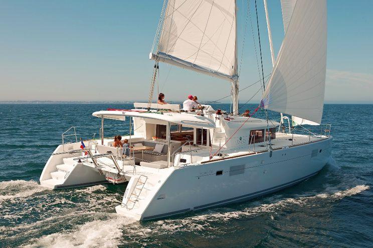 Charter Yacht Lagoon 450 F Luxe - 4 Cabins - 2017 - Tortola