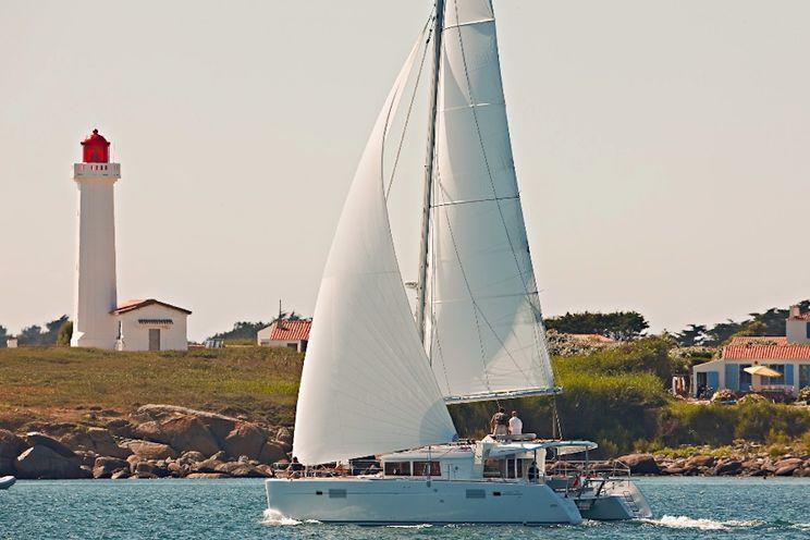Charter Yacht Lagoon 450 - 6 Cabins - 2016 - Split