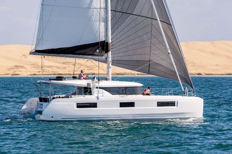 Charter Yacht Lagoon 46 - 2020 - 6 cabins(4 double + 2 singles)- Lavrion - Athens