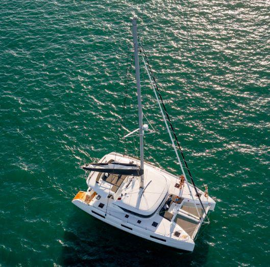 Lagoon 46 - Sailing