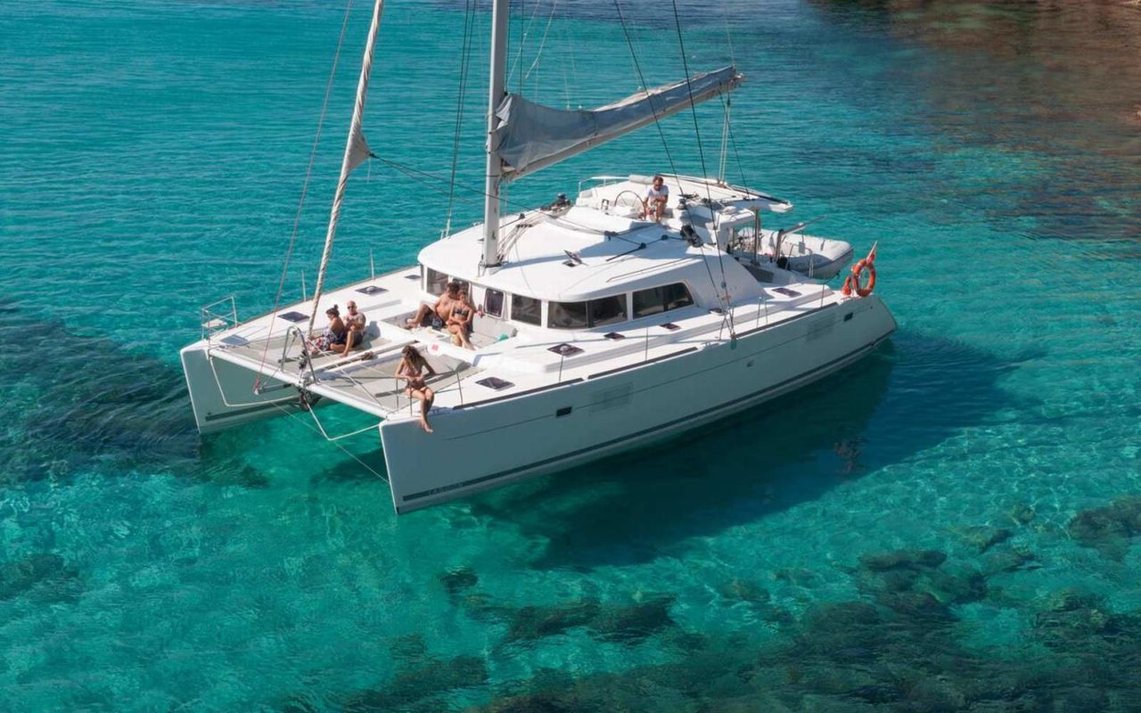 Lagoon 500 - 5 Cabins - Portisco - Sardinia