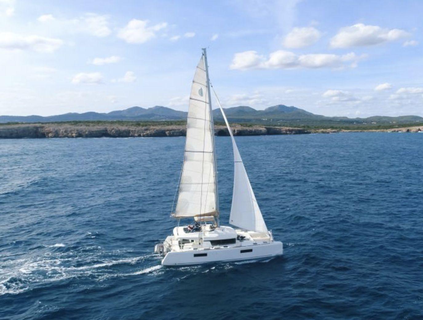 Lagoon 52F Sailing