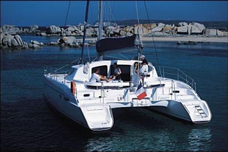 Charter Yacht Lavezzi 40 - 4 + 2 Cabins - Martinique