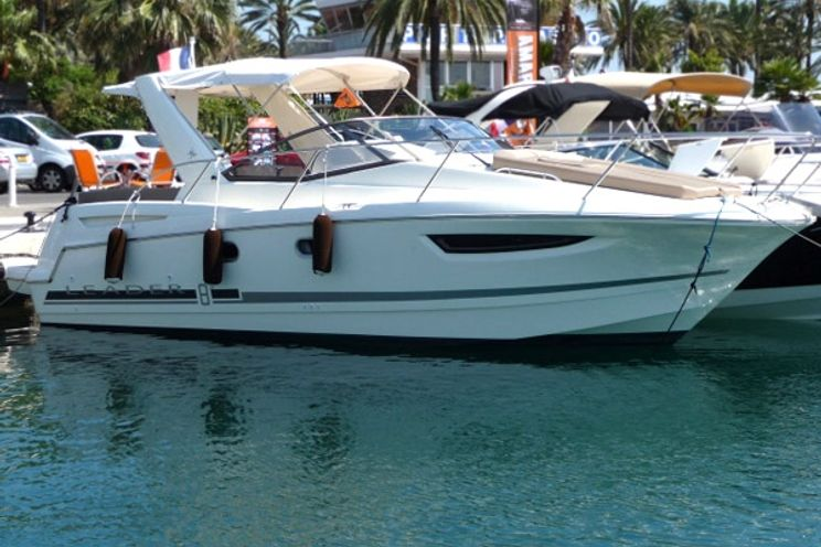 Charter Yacht Leader 8 - 1 Cabin - Cannes - France
